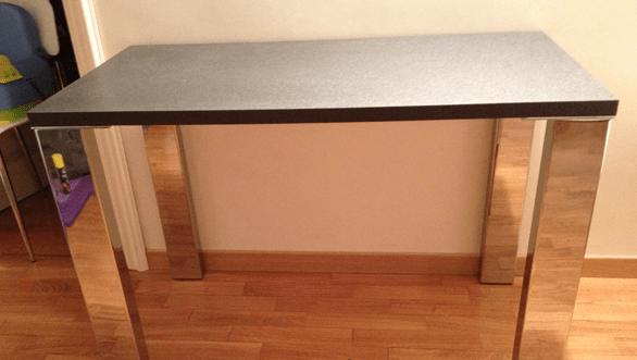 Tavolo da cucina con zampe in metallo
