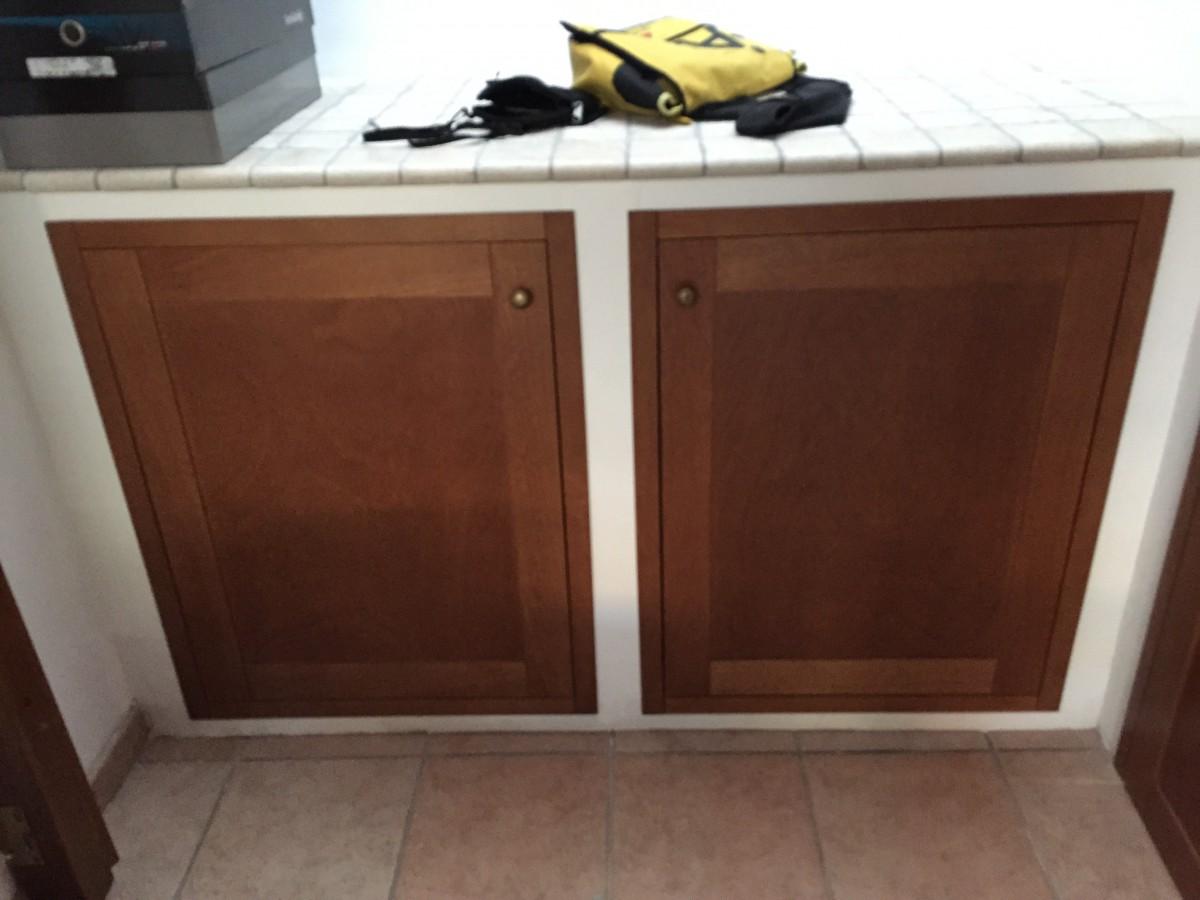 Sportelli su misura per cucina in muratura