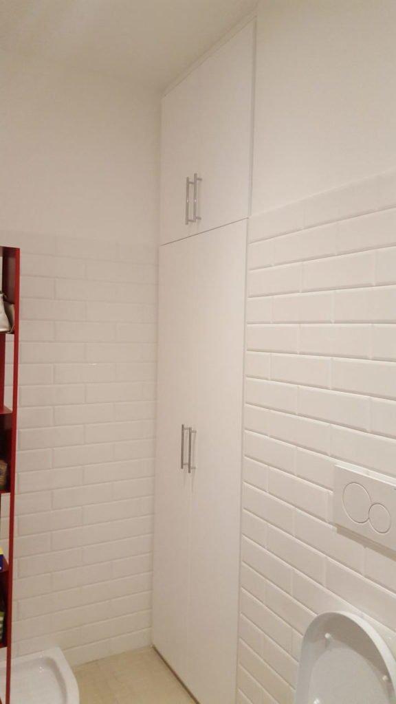 Armadio A Muro Bagno.Armadio A Muro Bagno Per Contenere La Lavatrice In Una Nicchia