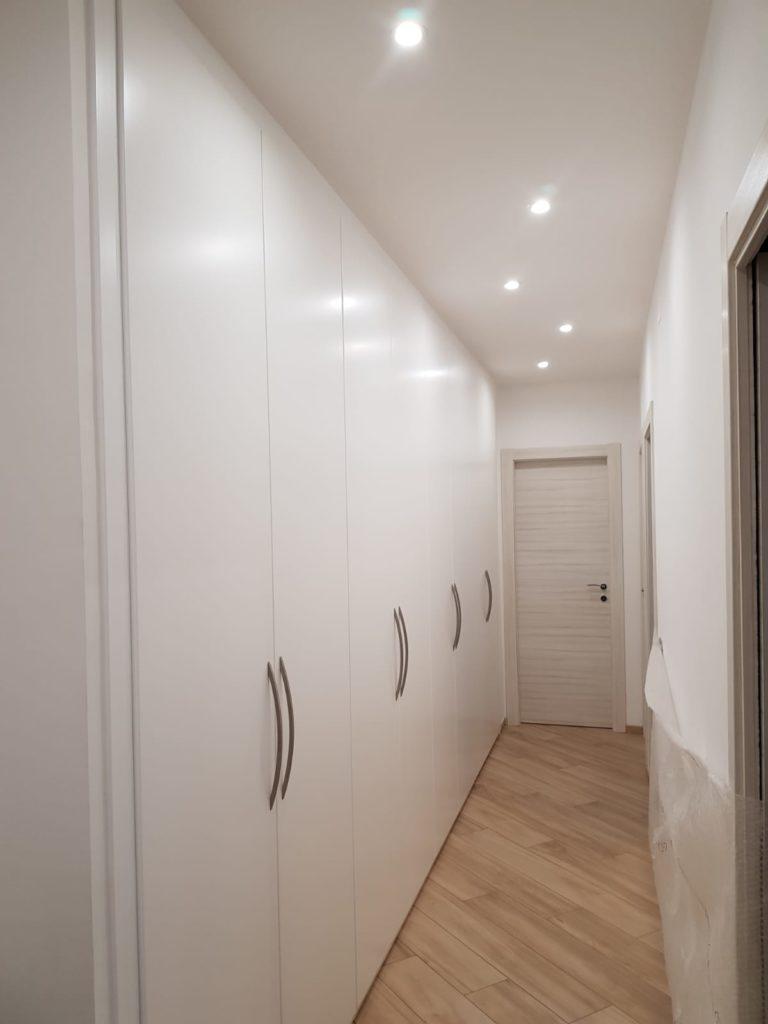Armadio A Muro Laccato Bianco.Armadio A Muro Laccato A 8 Ante