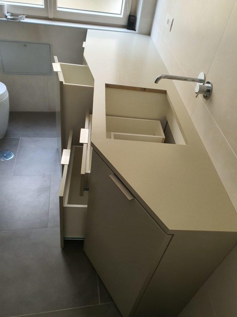 mobile bagno su misura cassetti