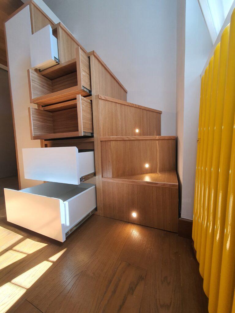 Mobile scala per letto soppalco